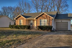 Excellent Ranch Home in Fort Campbell, Kentucky