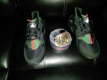 Gucci Nike Huarache & Belt set,SERIOUS INQUIRES ONLY!!!! in Fort Leonard Wood, Missouri