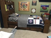 Twin Pottery Barn National League Quilt and Sheets in Bartlett, Illinois
