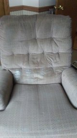 Reclining Chair in Sandwich, Illinois
