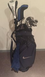 Nike Golf Bag with 13 clubs in Bolingbrook, Illinois