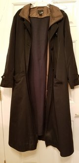 XL Women's Trench Coat With Zip Out Lining and Built In Hood in Plainfield, Illinois