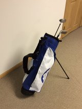 Kids Taylor Made golf set with bag in Chicago, Illinois