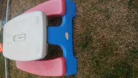 Little tikes easy store picninc table/ move out sale name your price in Vacaville, California