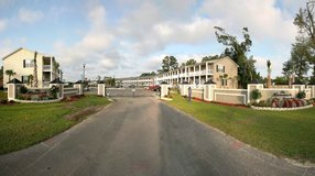 2 br 2 bath townhomes ,gated community in Cherry Point, North Carolina