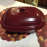 PAMPERED CHEF Cranberry 3.1 Qt/3L Deep Covered Stoneware Casserole Baker + Lid in Lawton, Oklahoma