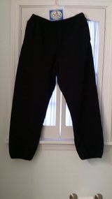 L - Fruit of Loom - Sweatpants in Glendale Heights, Illinois