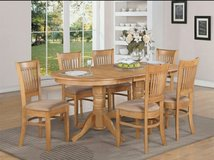 I am Looking for a Light Oak Kitchen Table and Chair Set in Bolingbrook, Illinois