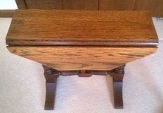 side or end table drop leaf walnut in Westmont, Illinois