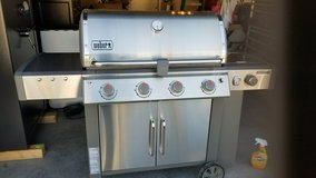 Weber LX GENESIS Gas Grill in Fort Bliss, Texas