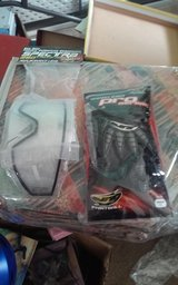 Paintball Spectra Lens and Pro Gloves in Alamogordo, New Mexico