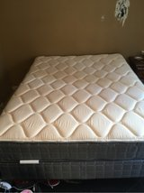 2 month old mattress and box spring in Beaumont, Texas