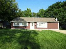 4 bedroom ranch in Oswego, Illinois