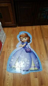 Sofia the first floor puzzle in Glendale Heights, Illinois