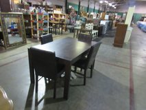 table and chairs in Fort Campbell, Kentucky