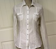 Kirra Slim Fit White Button Up Metallic Striped Med Semi Sheer Knit Top Blouse in Kingwood, Texas