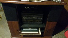 stereo / 10 speakers / stereo/TV stand ..an original manual. in Fort Leavenworth, Kansas