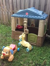 play house and outdoor toys in Camp Lejeune, North Carolina