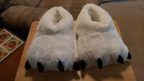 New slippers size large in Perry, Georgia