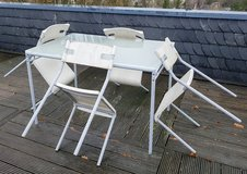 IKEA glass top table and 4 chairs in Wiesbaden, GE