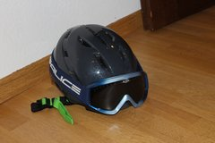 Ski Helmet and Goggles in Stuttgart, GE
