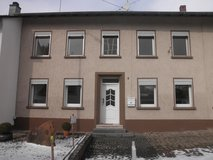 Preist- 3Bd/1 Ba + Gar Duplex House Available Now! in Spangdahlem, Germany