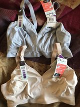 nursing bras new in Fort Bliss, Texas