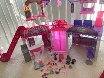 Barbie Mall in Naperville, Illinois