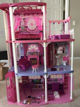 Barbie dream house in Naperville, Illinois
