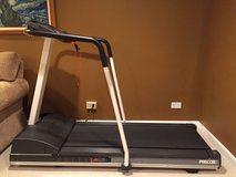PRECOR 9.25i Treadmill in Naperville, Illinois