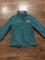 Womens North Face Apex Jacket in Bolingbrook, Illinois
