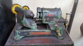 VALVE GRINDING MACHINE in Fort Leonard Wood, Missouri