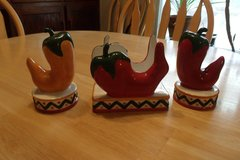 Clay Art Napkin Holder & Salt and Pepper Shakers in Alamogordo, New Mexico