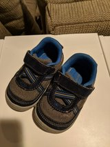 Baby size 5 shoes in Naperville, Illinois