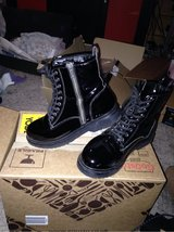 Simply Be black patent boots UK wide 5 in Lakenheath, UK