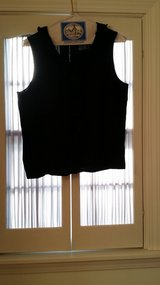 Sleeveless Chaps - P/XL - Top in Glendale Heights, Illinois