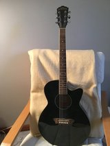 Washburn Acoustic-electric Guitar in St. Charles, Illinois