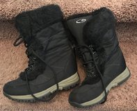 Snow Boots in Travis AFB, California