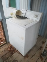 washer (needs belt) in Fort Leonard Wood, Missouri