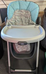 Graco Meal Time Highchair in Joliet, Illinois