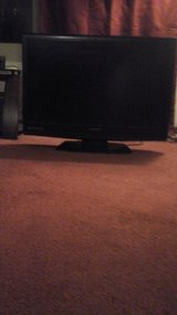 "32"" Sylvania tv in Fort Knox, Kentucky"