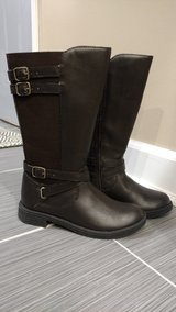 Girls size 1 Leather Boots by Umi, brand new in Orland Park, Illinois
