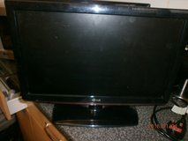 19 INCH TV GOOD WORKING ORDER NO CONTROL in Lakenheath, UK