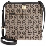 ***BRAND NEWAUTHENTIC MICHAEL Kors Signature Large Pocket Crossbody Purse. in Houston, Texas