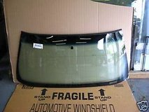 2000-2007 Chevrolet 1500, Tahoe, Suburban Windshield in Fort Polk, Louisiana