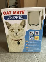 Cat FLap system - electromagnetic - NIB in Ramstein, Germany