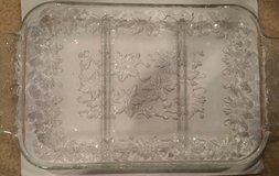 3 DIVIDER GLASS SERVING PLATE in Oswego, Illinois