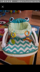 Baby frog chair in Hinesville, Georgia