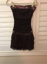 CUTE TEEN DRESS SIZE YOUTH MEDIUM in Chicago, Illinois
