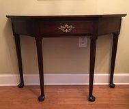 Console table in Beaufort, South Carolina